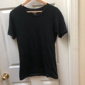 Lacoste fitted black tee logo